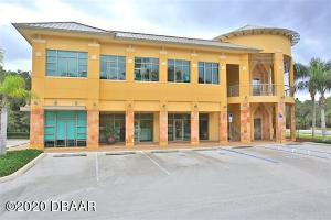 6 Meridian Home Lane, Upper, Palm Coast, FL 32137