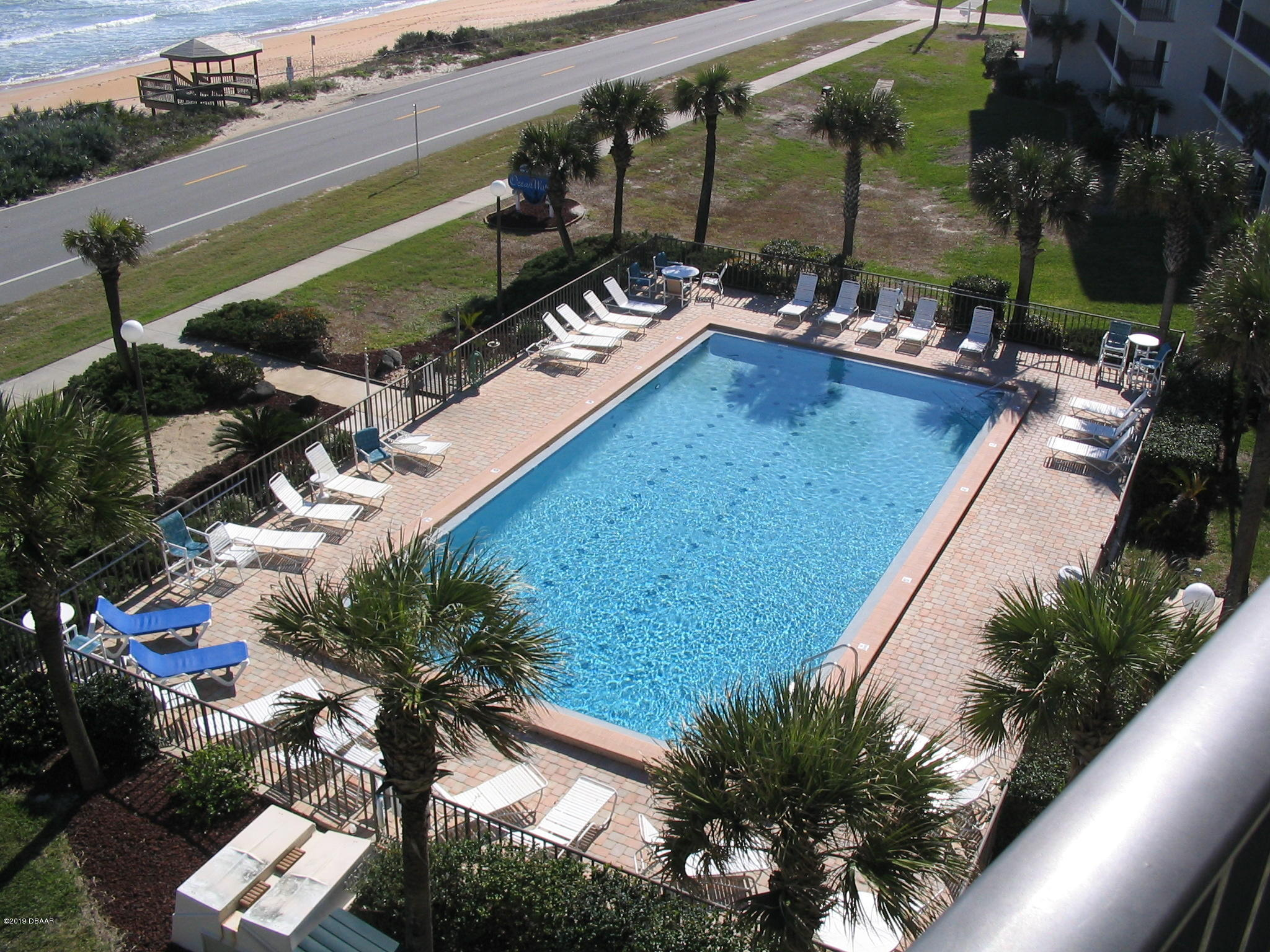 Listing photo id 11 for 2700 Ocean Shore Boulevard 512