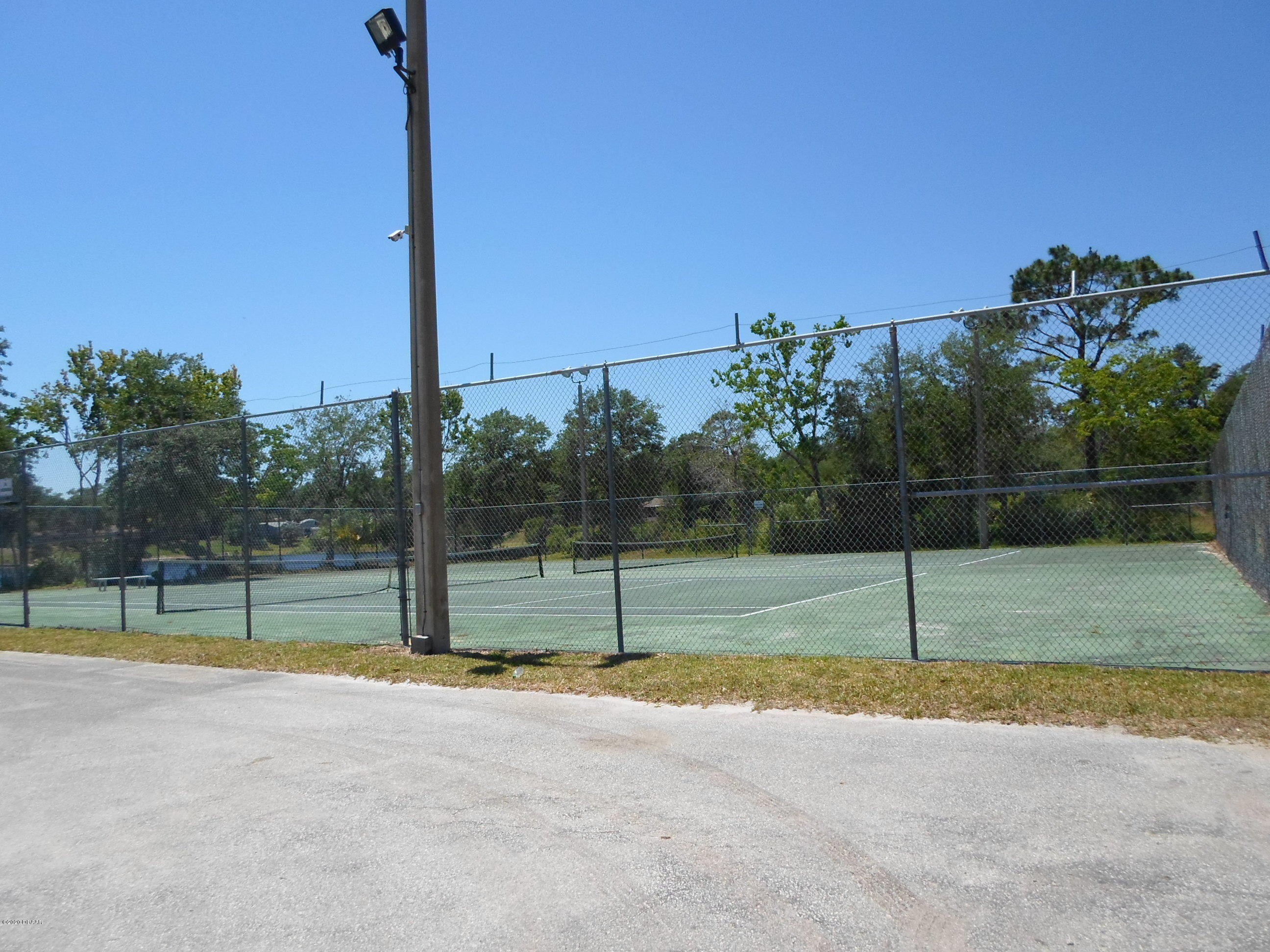 Image 41 For 276 Bayridge Court