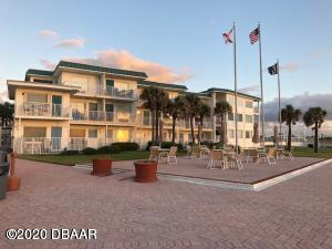 935 Atlantic Avenue 413, Daytona Beach, FL 32118