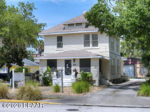211 Live Oak Street, New Smyrna Beach, FL 32168