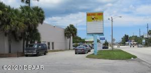660 Mason Avenue, Daytona Beach, FL 32117