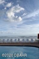Beautiful Oceanfront Pool