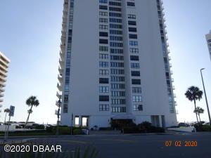 3043 S Atlantic Avenue, 206, Daytona Beach Shores, FL 32118