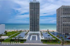 One of Daytona Beach's Most Luxurious Direct Oceanfront Condominium!