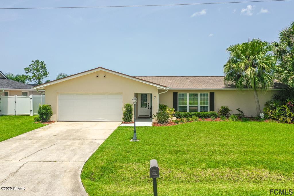 Photo of 7 S Clarendon Court, Palm Coast, FL 32137