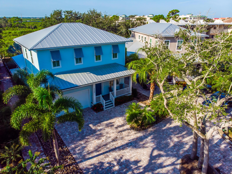 Photo of 528 S Peninsula Avenue, New Smyrna Beach, FL 32169