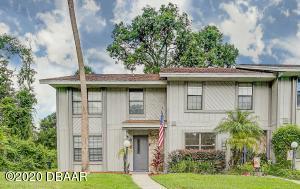 26 Oakwood Park, Ormond Beach, FL 32174