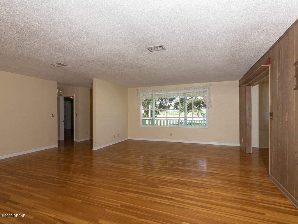 Image 6 For 2271 John Anderson Drive