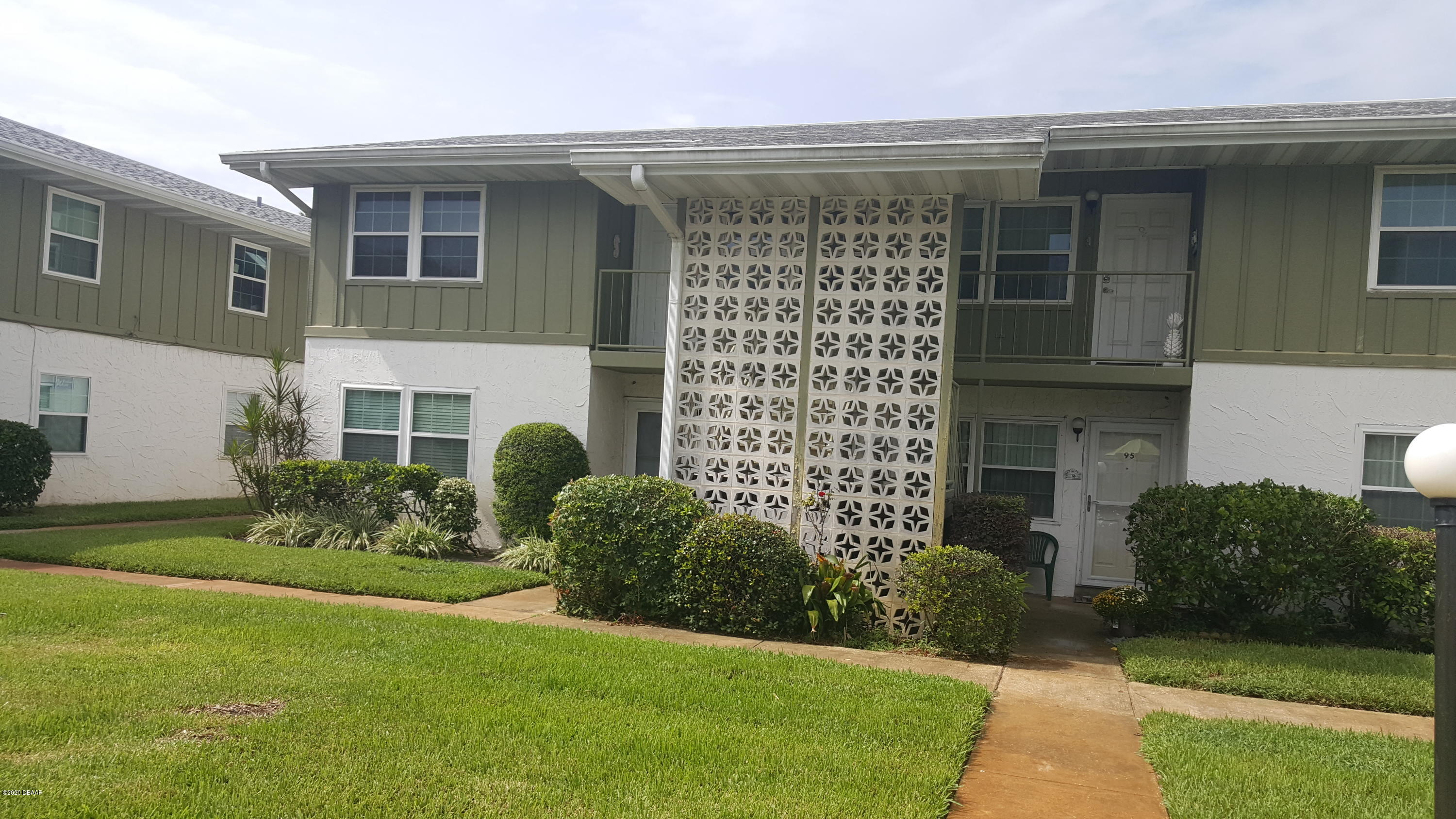 Photo of 840 Center Avenue #0940, Holly Hill, FL 32117