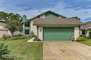 121 Meadowbrook Circle, Daytona Beach, FL 32114