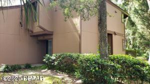 35 Fairways Circle, Palm Coast, FL 32137