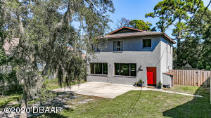 409 Moss Avenue, Port Orange, FL 32127