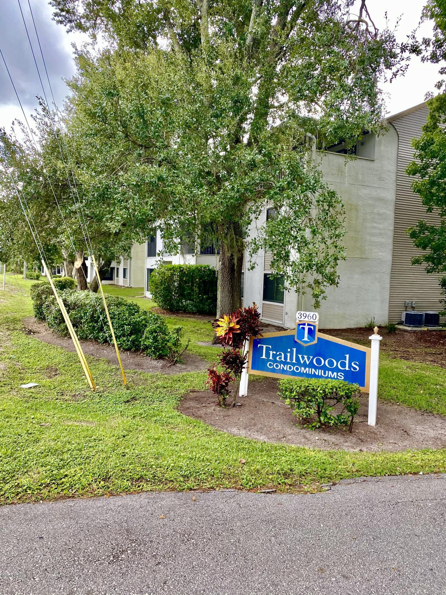 Photo of 3303 Oak Trail Run, Port Orange, FL 32127