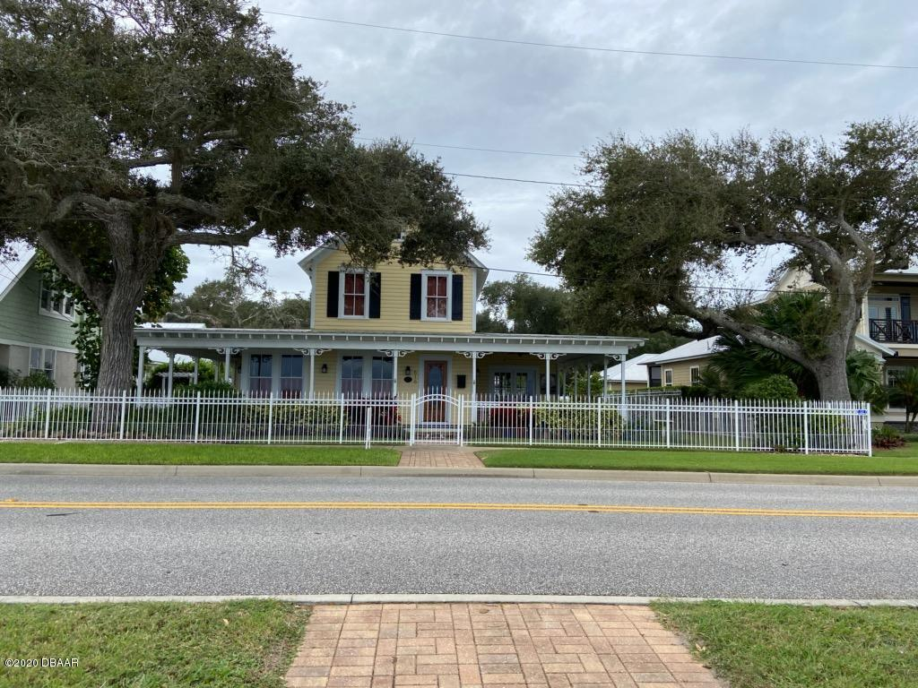 Photo of 616 S Riverside Drive, New Smyrna Beach, FL 32168