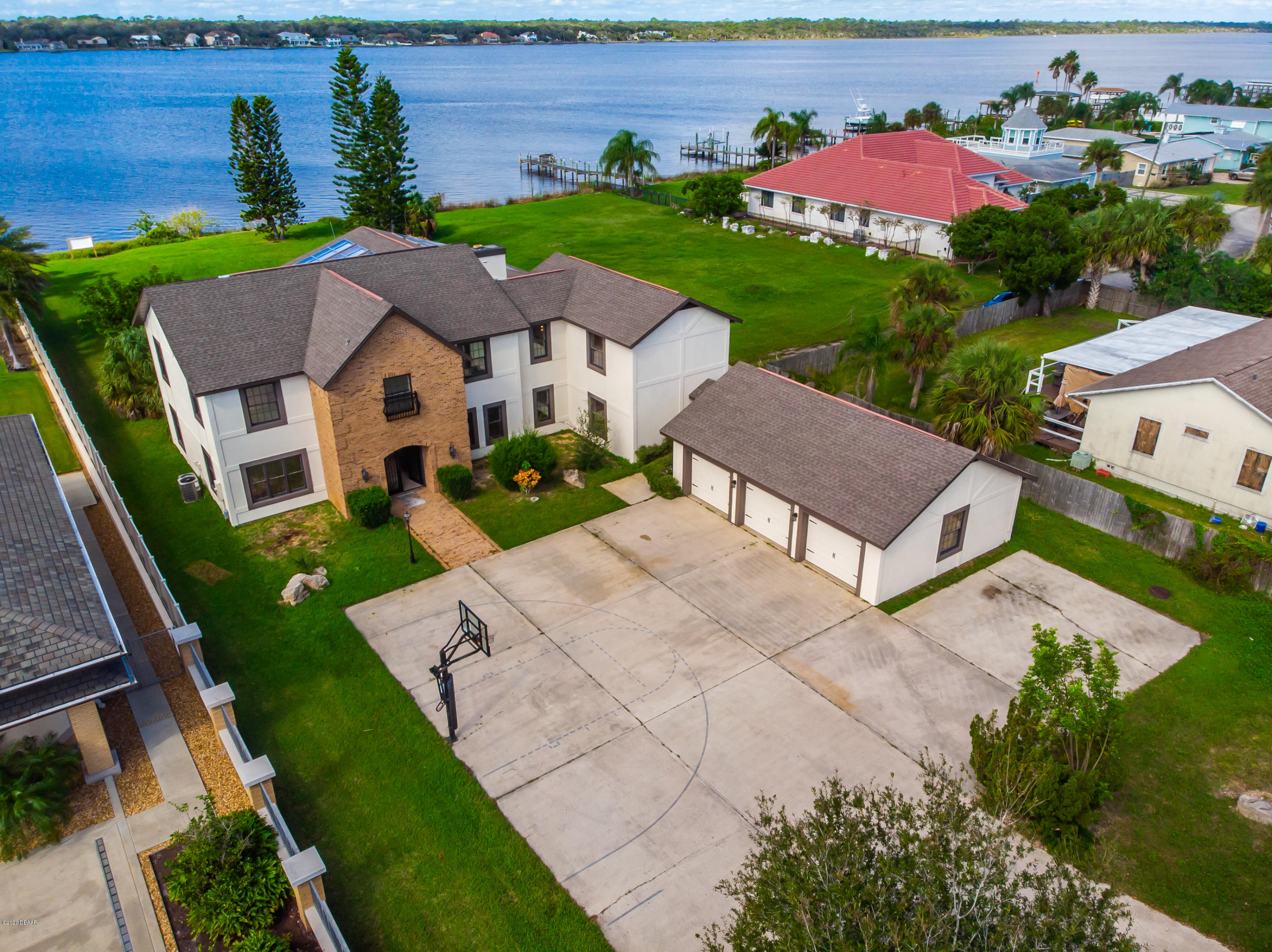 Property for sale at 1368 John Anderson Drive, Ormond Beach,  Florida 32176