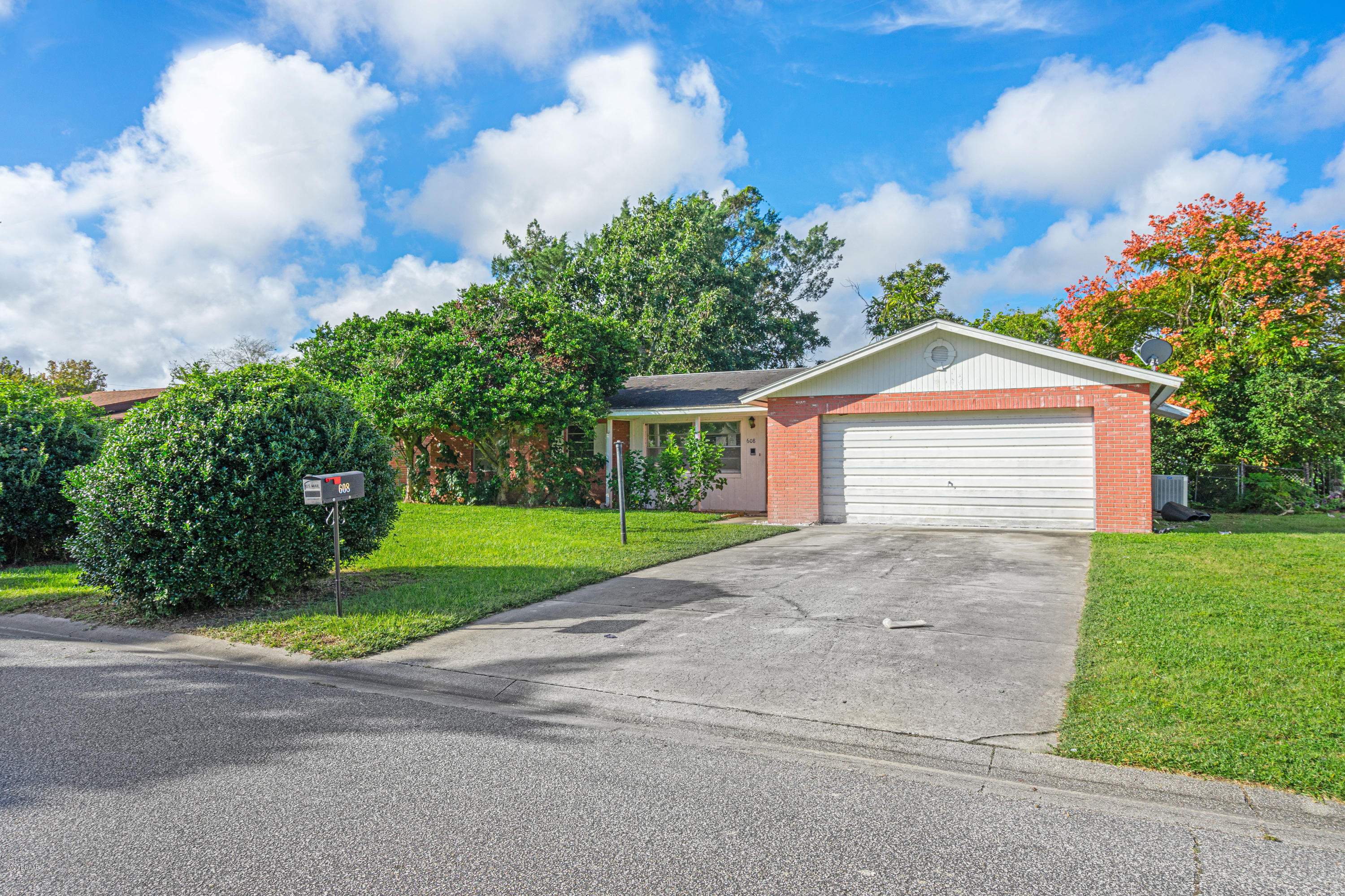 Photo of 608 Williamsburg Drive, Holly Hill, FL 32117