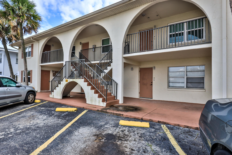 Photo of 400 Auburn Drive #4, Daytona Beach, FL 32118
