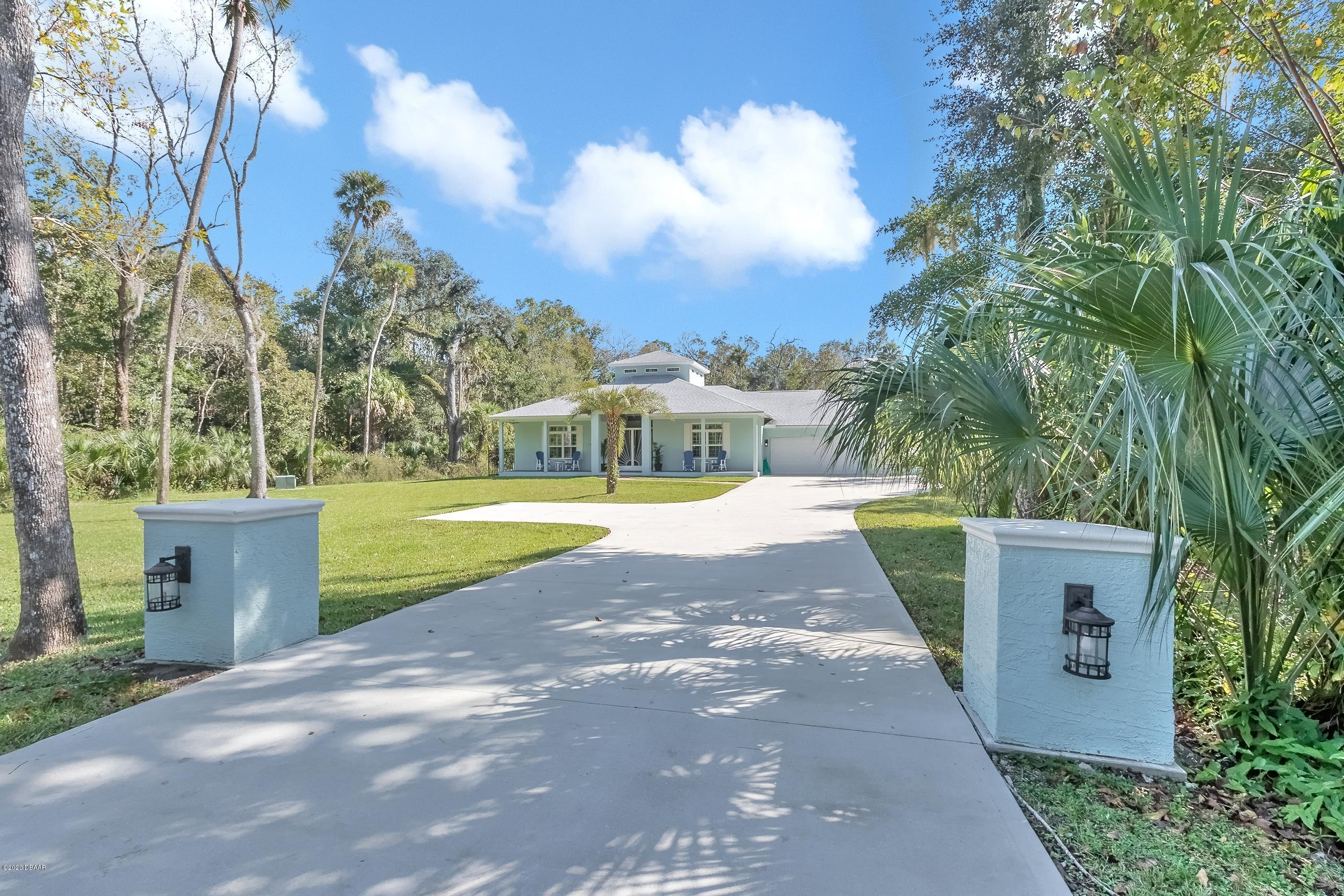 Photo of 930 Arroyo Parkway, Ormond Beach, FL 32174