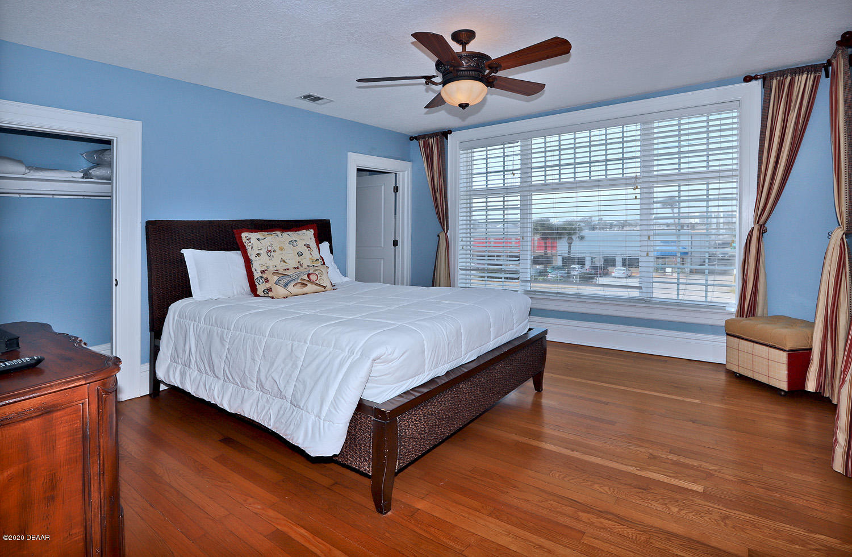 Image 46 For 33 Ocean Shore Boulevard
