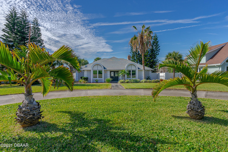 Photo of 2911 River Point Drive, Daytona Beach, FL 32118