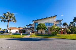 230 Fairgreen Avenue, New Smyrna Beach, FL 32168