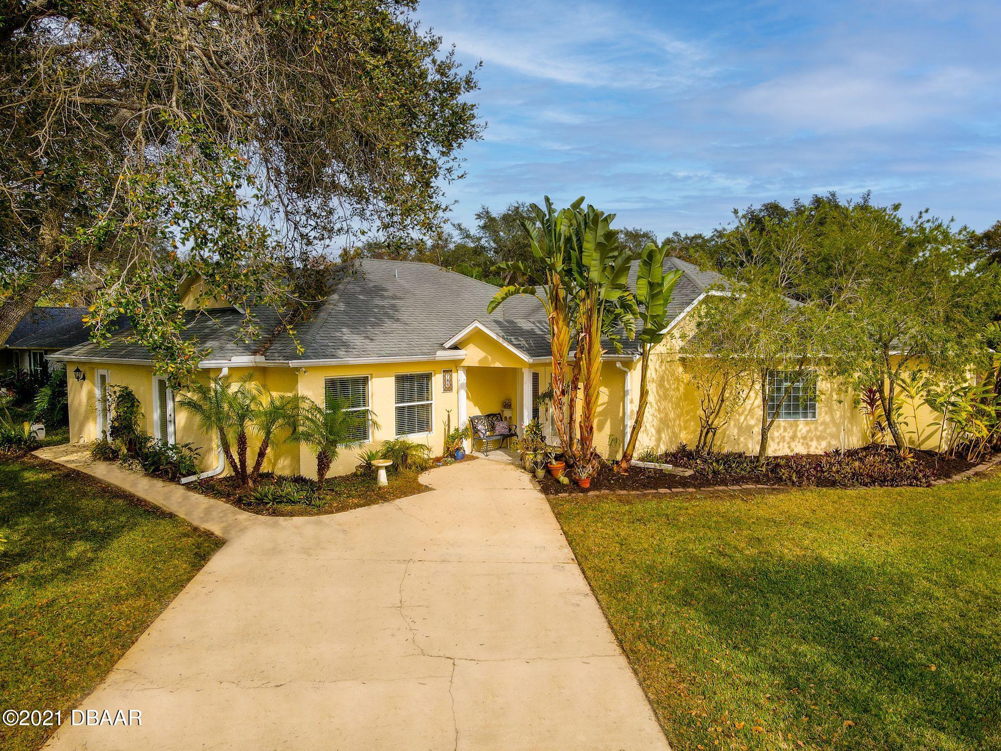 Photo of 786 W Falcon Drive, Port Orange, FL 32127