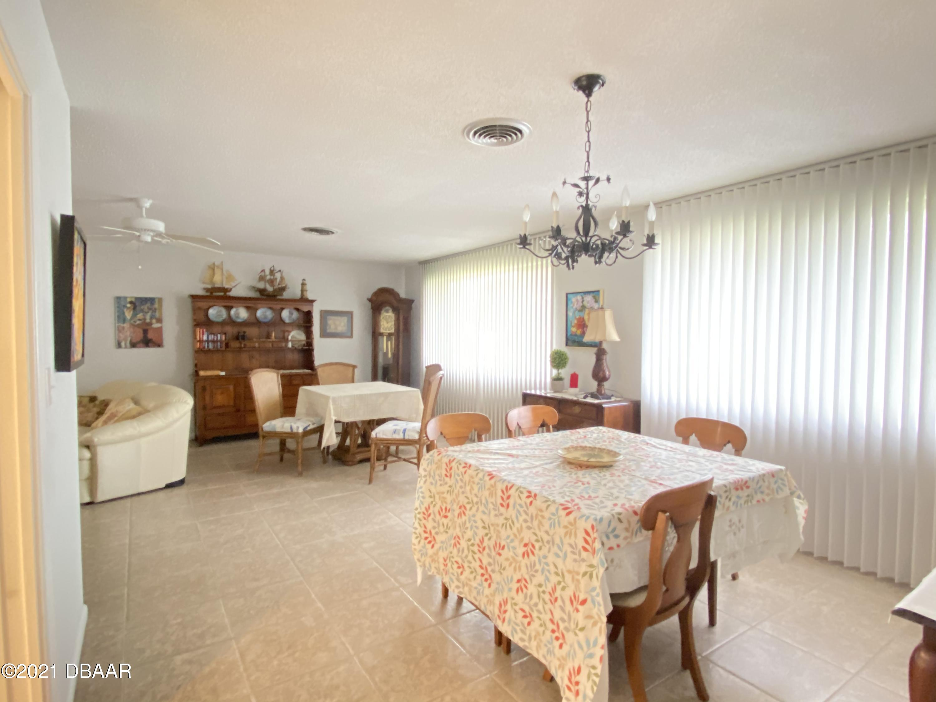 Listing photo id 10 for 120 Ocean Grove Drive