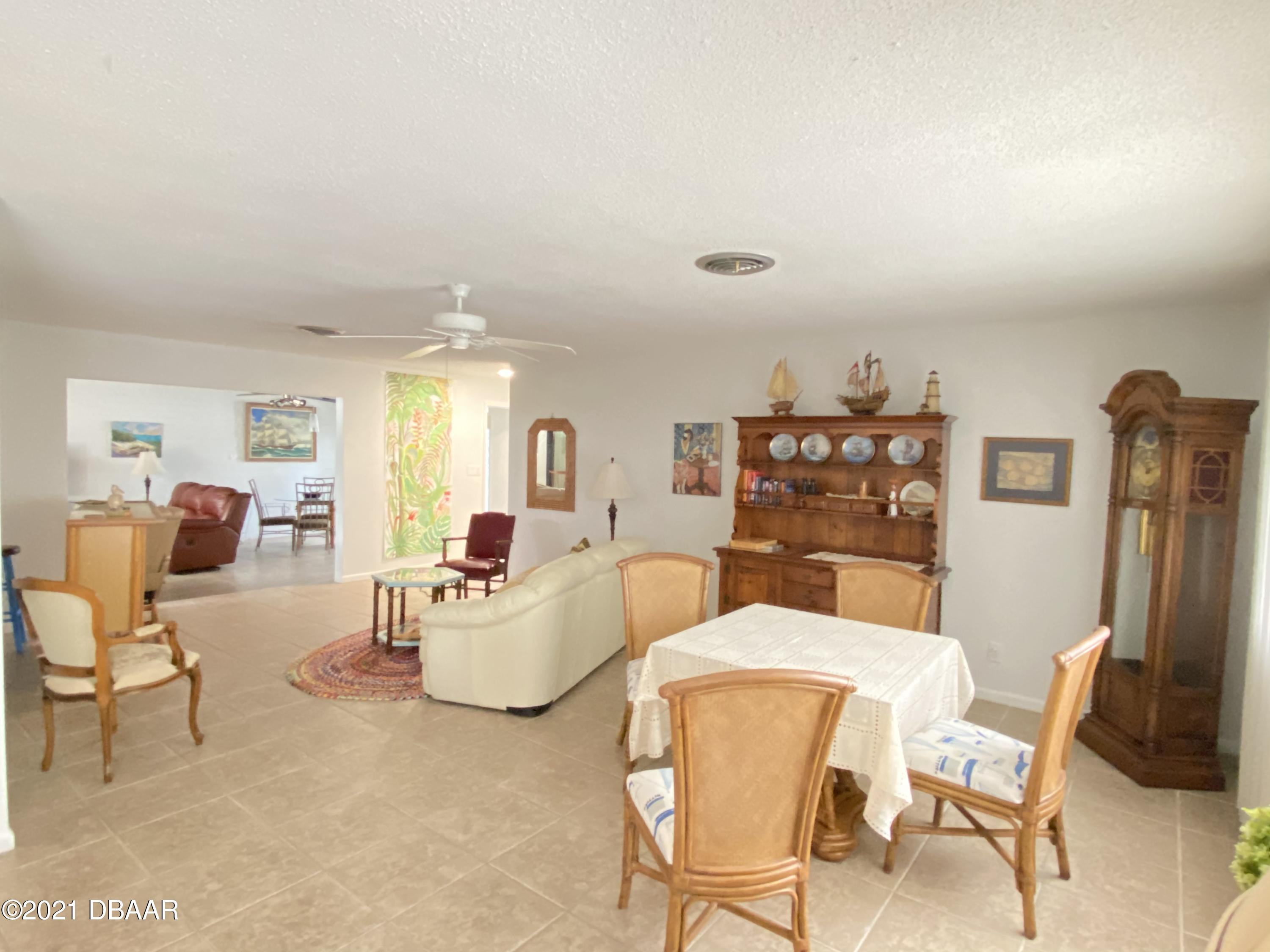 Listing photo id 9 for 120 Ocean Grove Drive