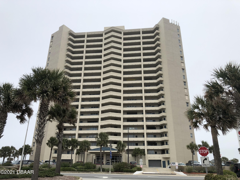 Photo of 3425 S Atlantic Avenue #304, Daytona Beach Shores, FL 32118