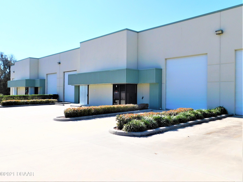 Photo of 210 Parktowne Boulevard #5, Edgewater, FL 32132