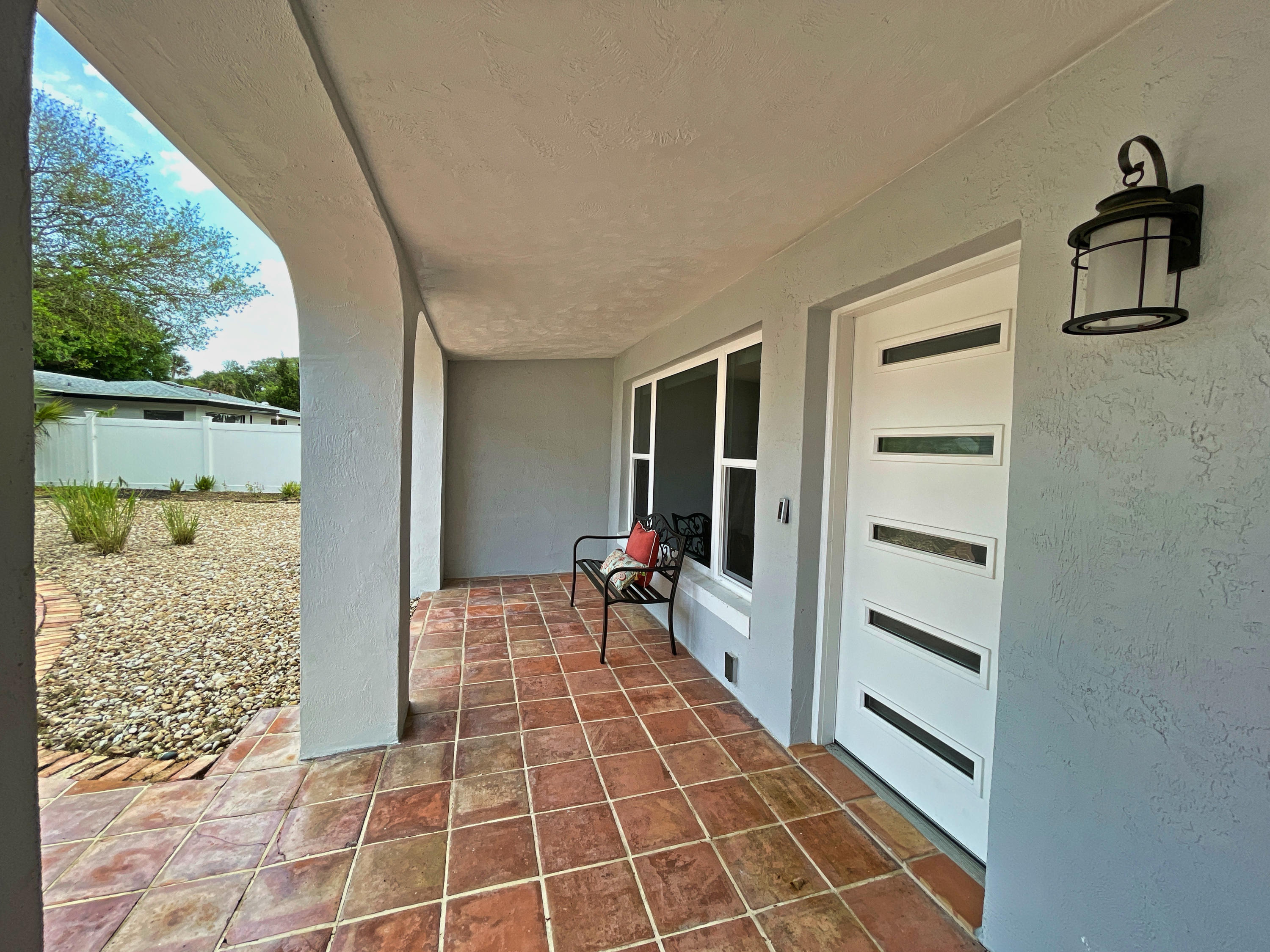 Listing photo id 9 for 3100 Peninsula Drive