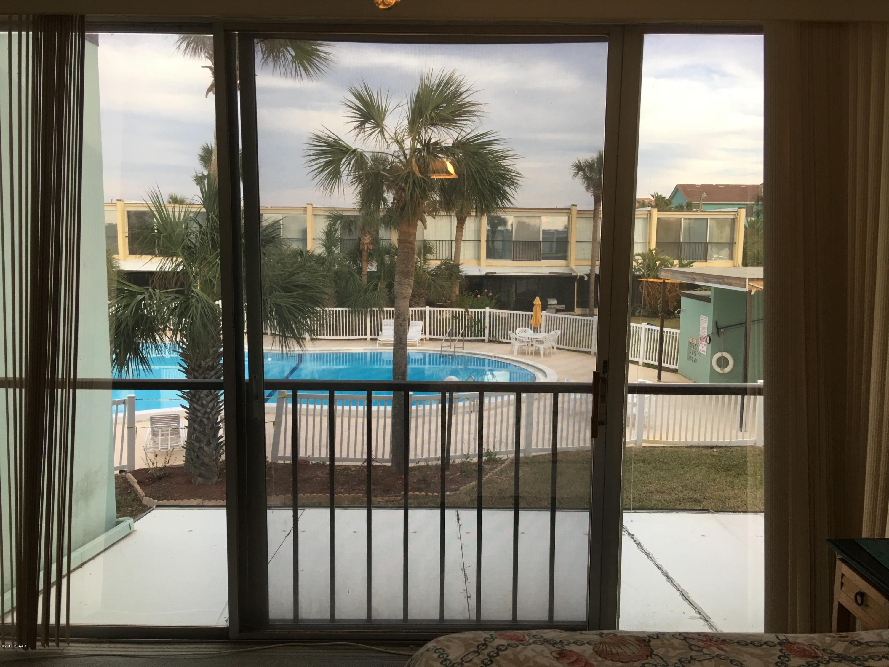 Listing photo id 21 for 5500 Ocean Shore Boulevard 52