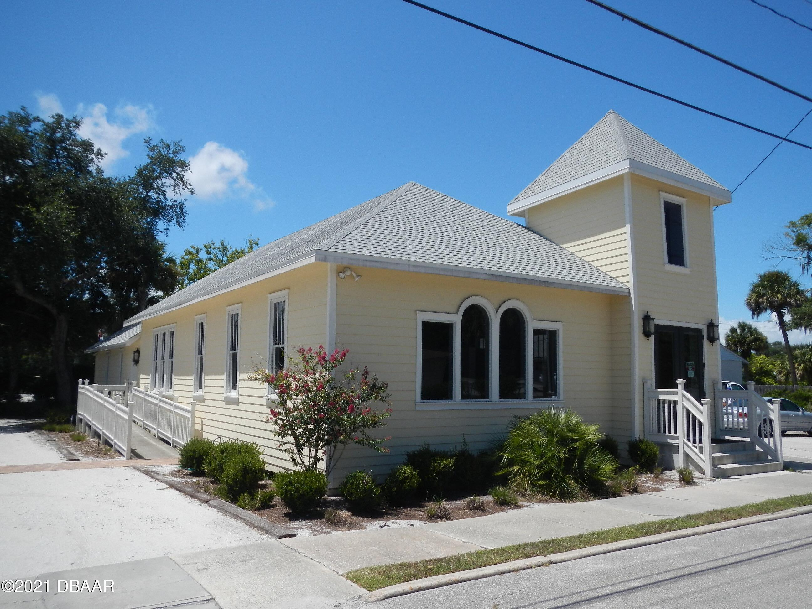 Photo of 308 S Orange Street, New Smyrna Beach, FL 32168