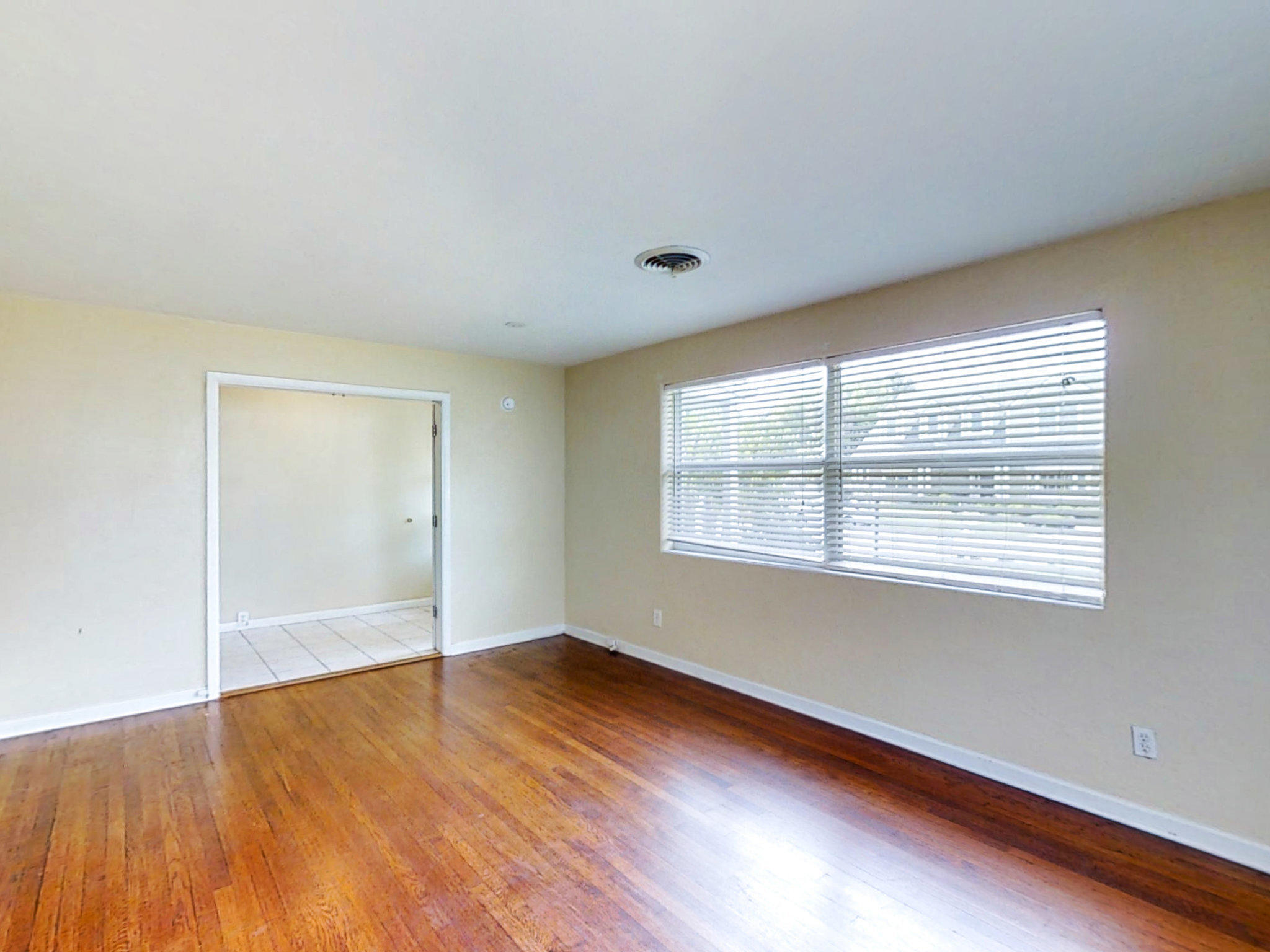 Listing photo id 12 for 3 Hickory Lane