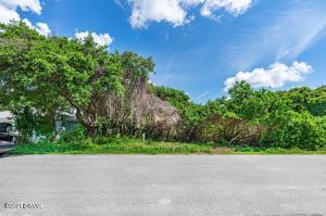 74 Aurora Avenue, Ponce Inlet, FL 32127
