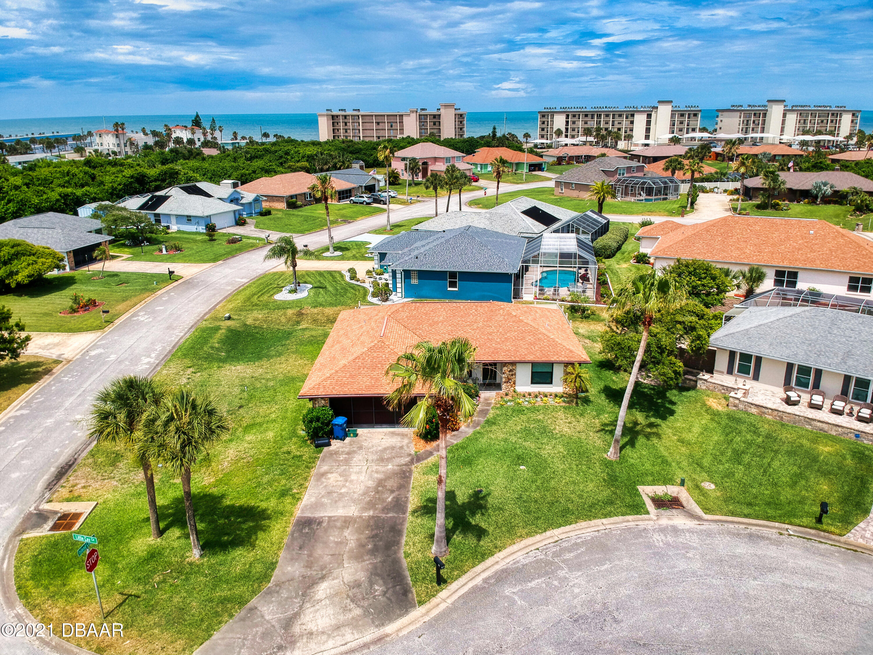Listing photo id 50 for 10 Little Cay Circle