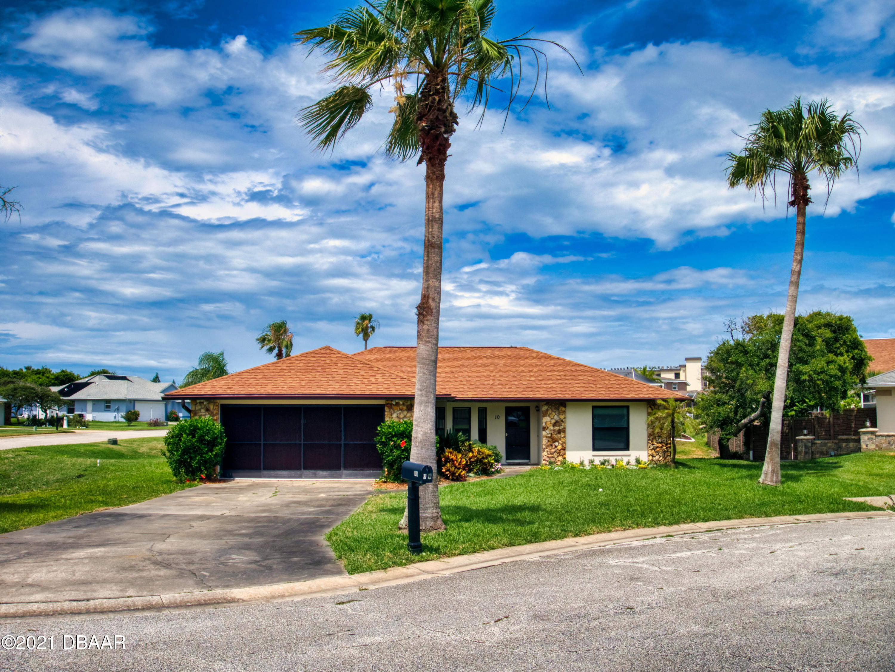 Listing photo id 56 for 10 Little Cay Circle
