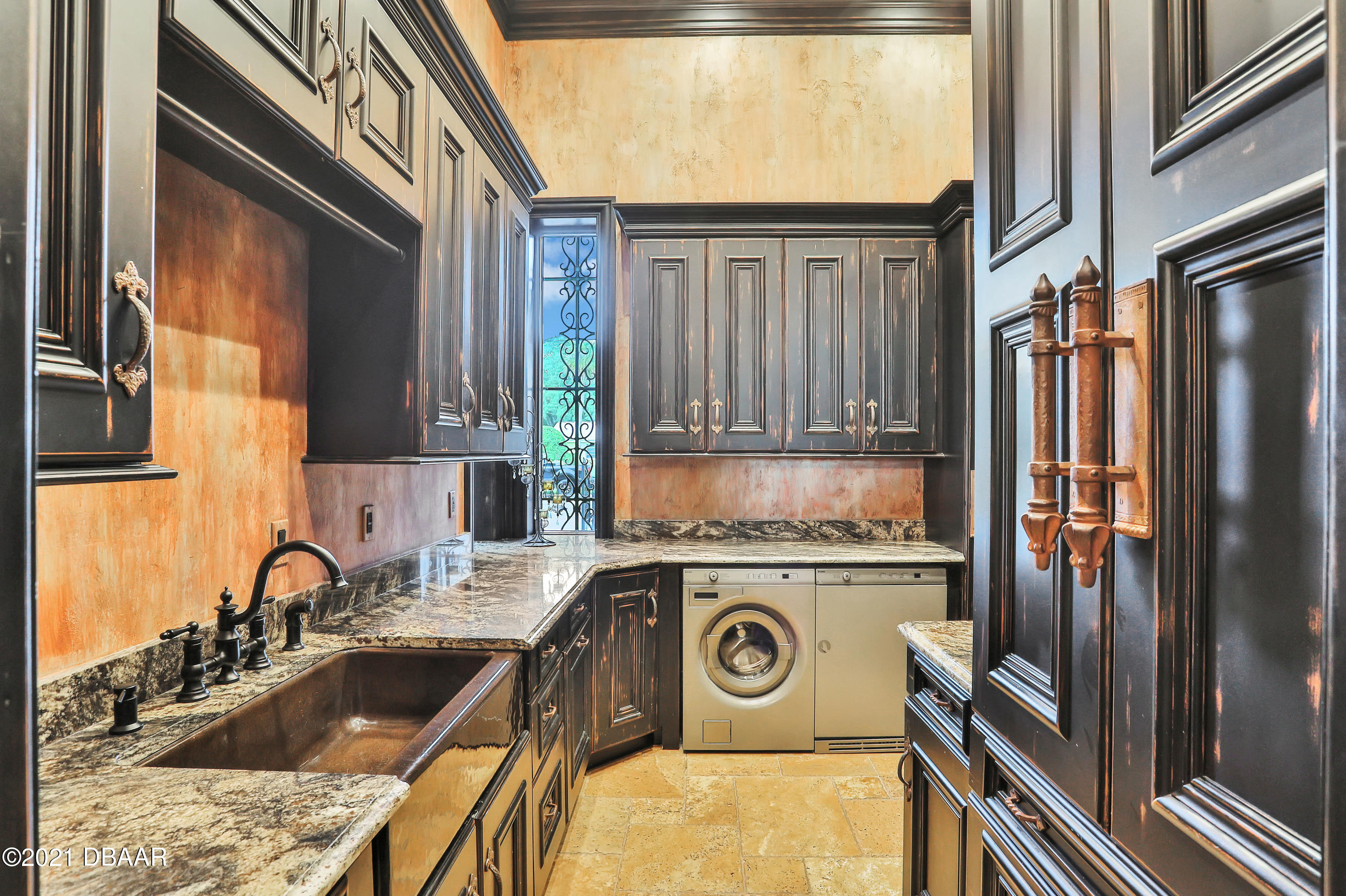 Listing photo id 114 for 66 John Anderson Drive