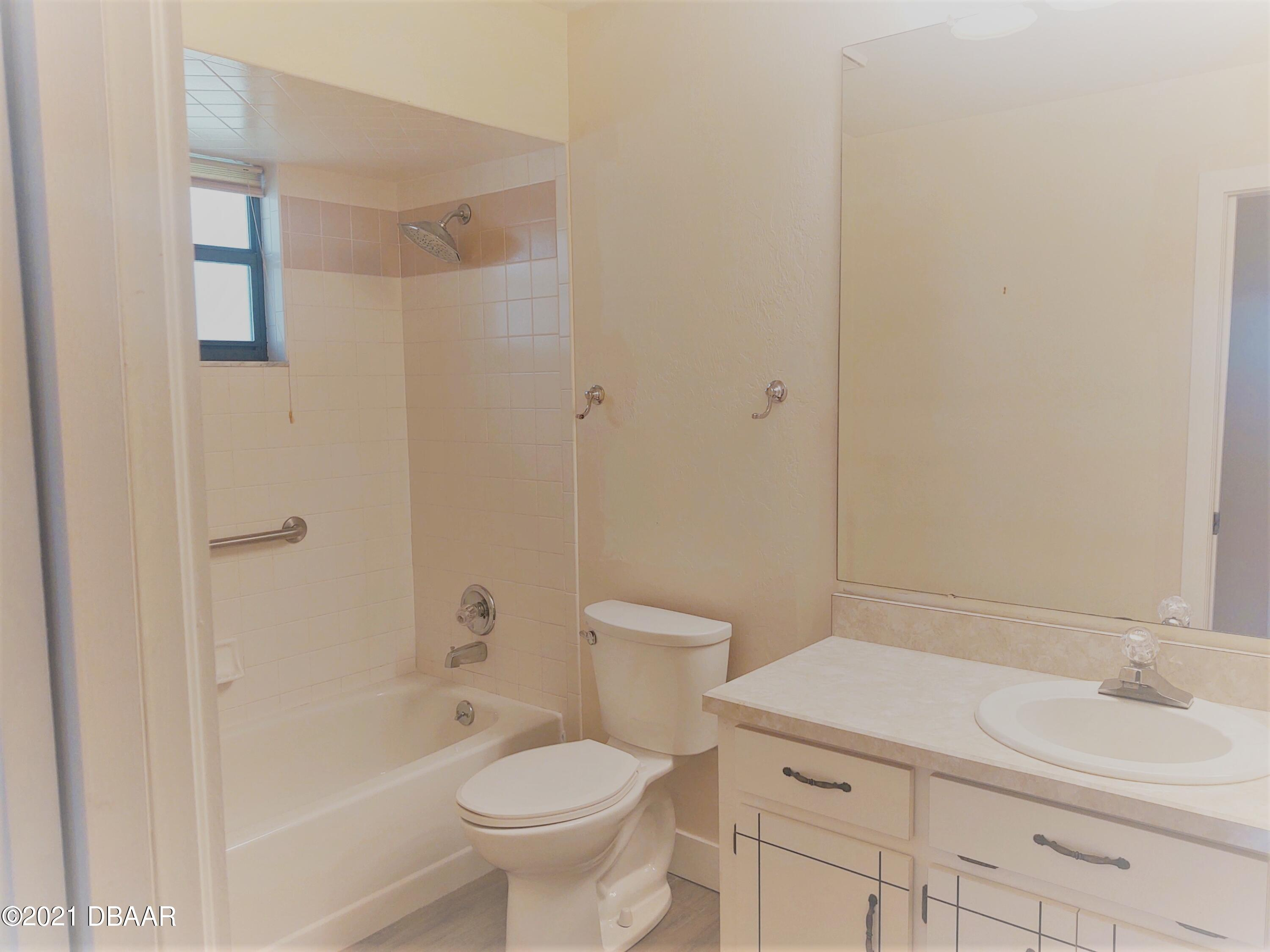 Listing photo id 14 for 100 Rustic Pond Road
