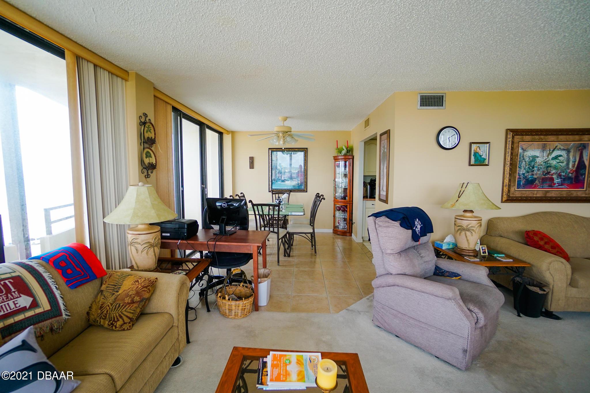 Listing photo id 11 for 2900 Atlantic Avenue 505