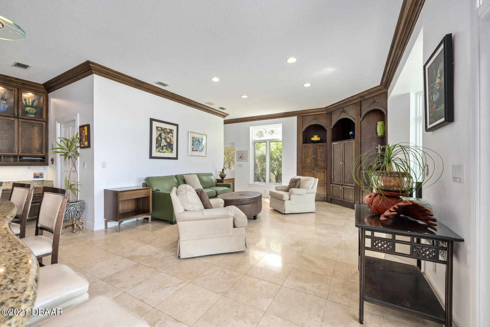 Listing photo id 27 for 70 Riverside Drive