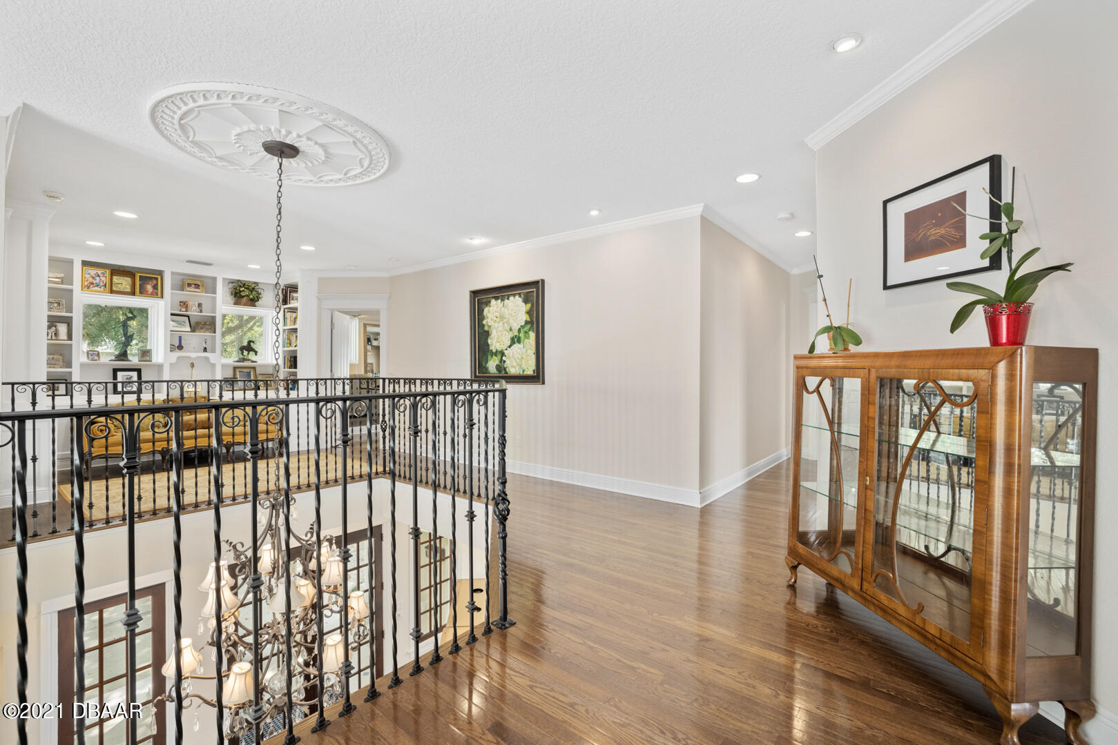 Listing photo id 39 for 70 Riverside Drive