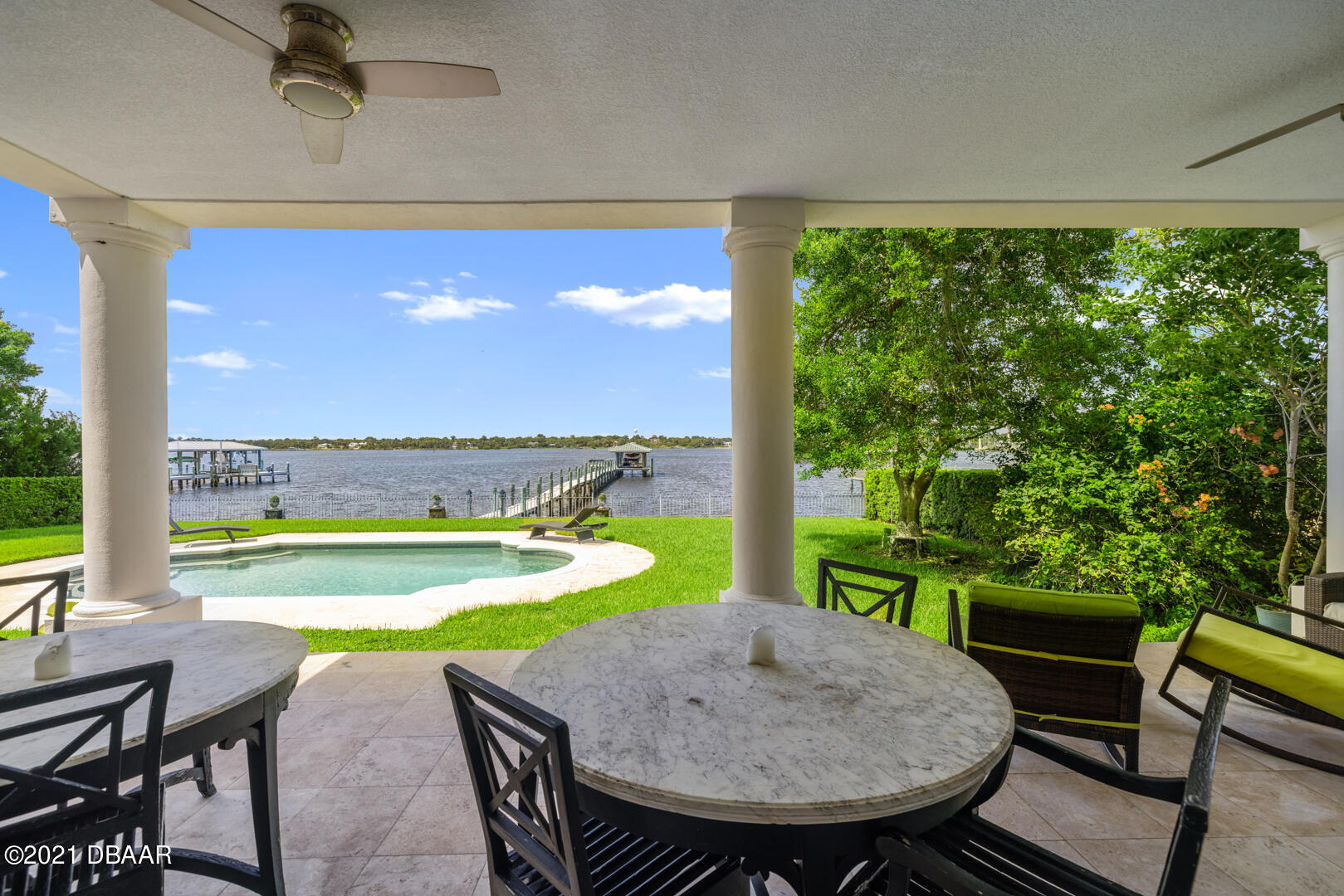 Listing photo id 77 for 70 Riverside Drive