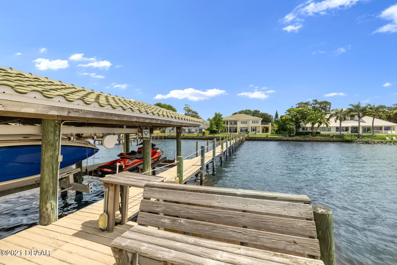 Listing photo id 88 for 70 Riverside Drive
