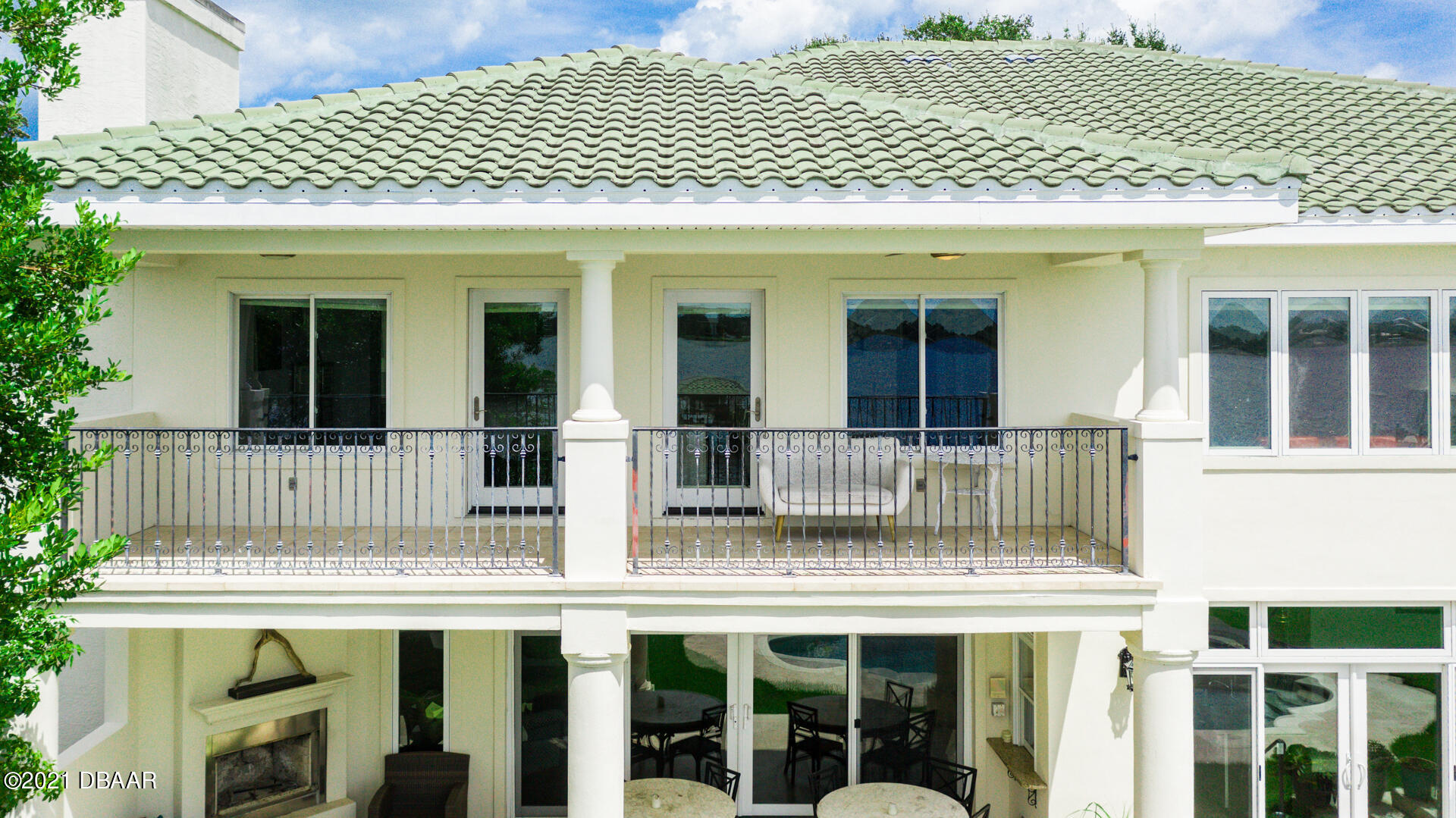 Listing photo id 105 for 70 Riverside Drive