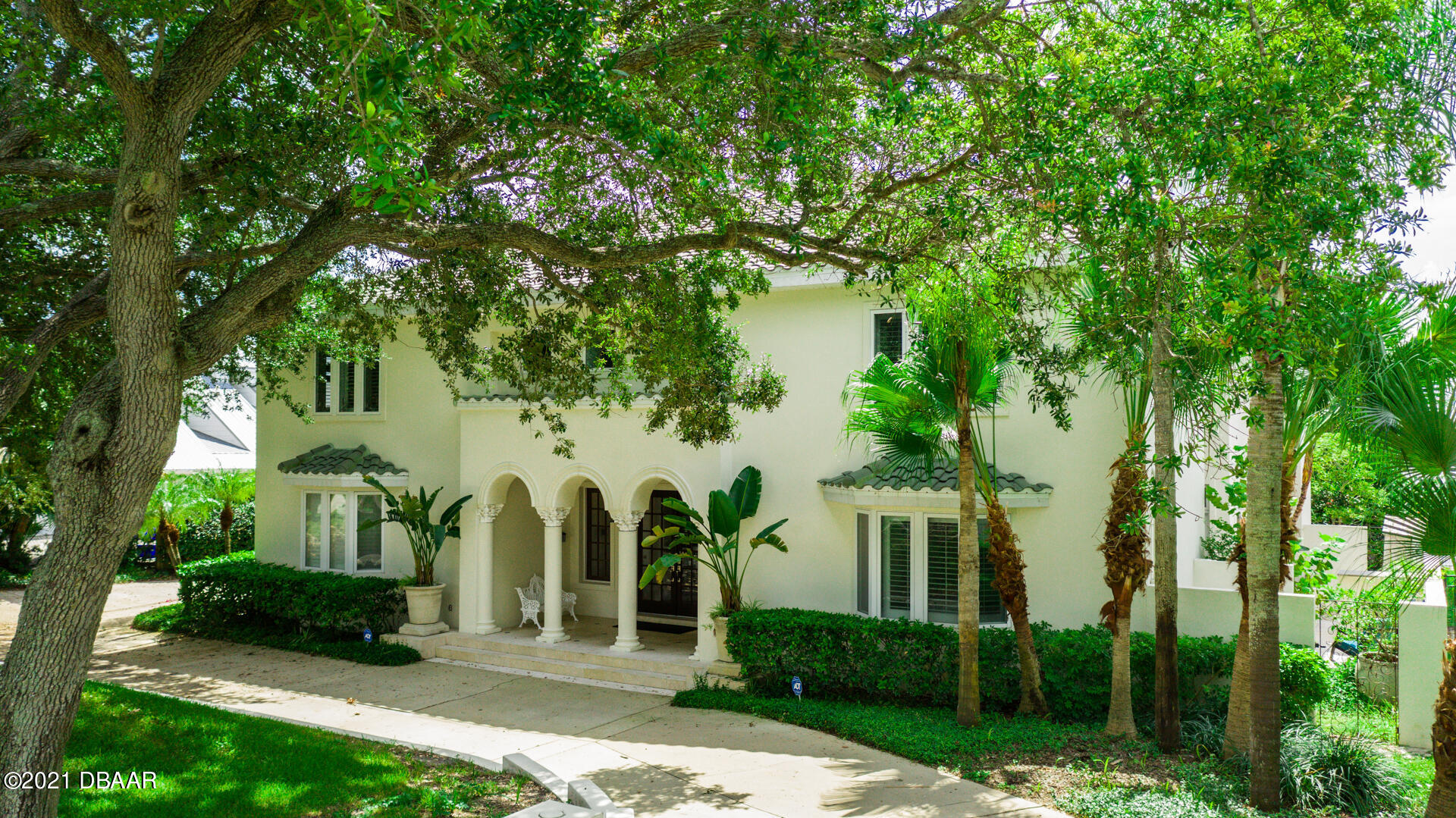 Listing photo id 108 for 70 Riverside Drive