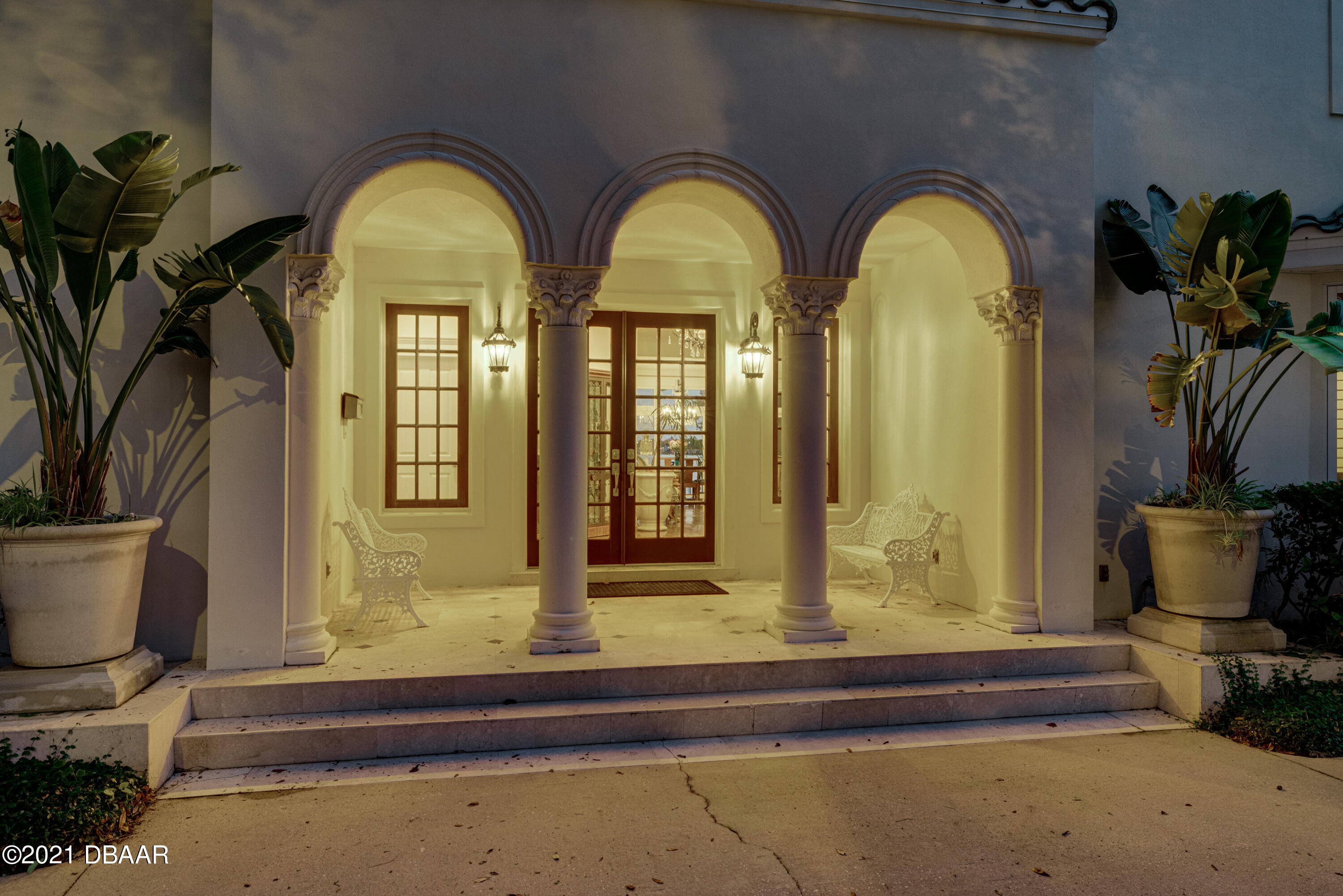 Listing photo id 134 for 70 Riverside Drive