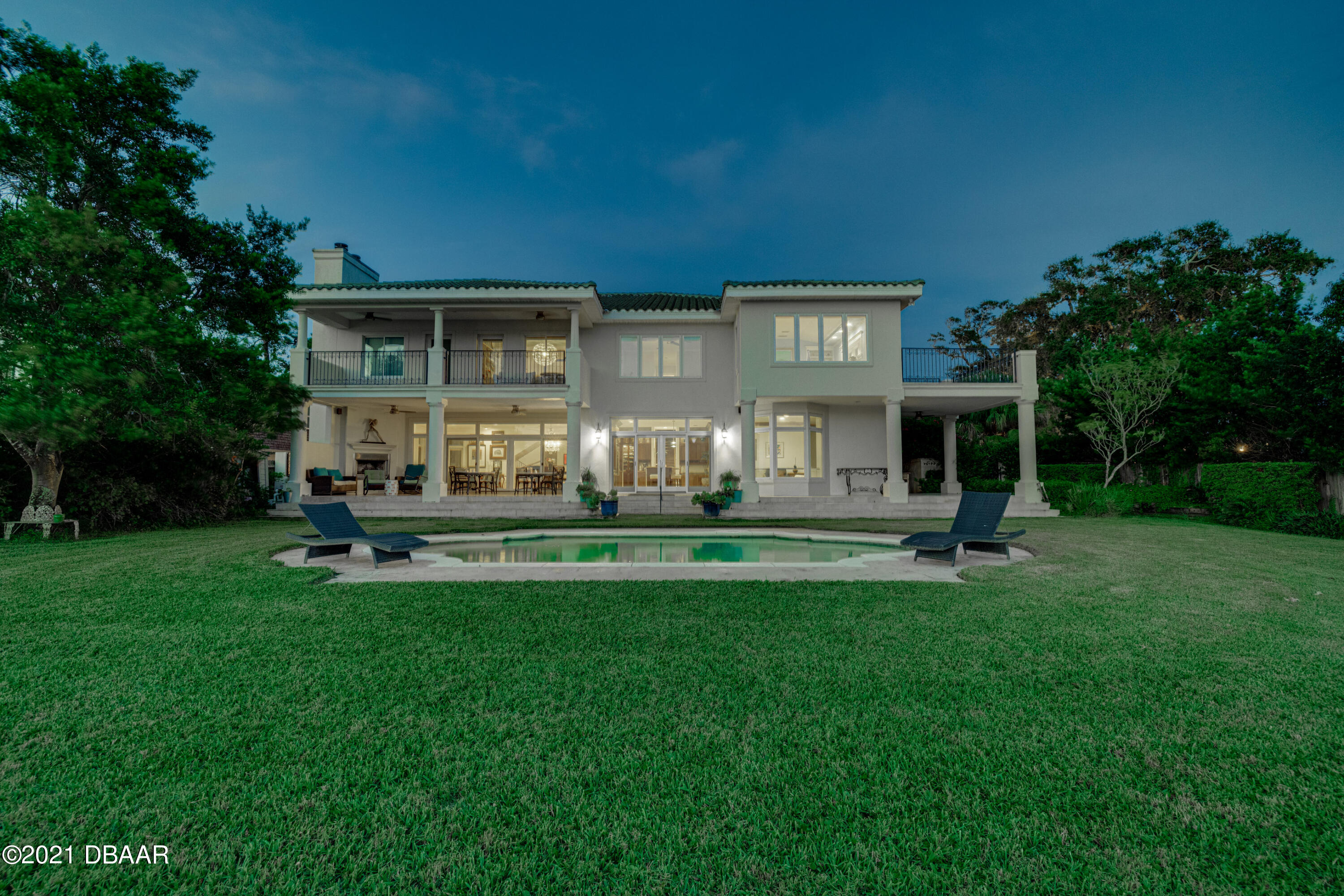 Listing photo id 137 for 70 Riverside Drive