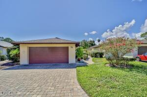 75 Club House Drive, Palm Coast, FL 32137